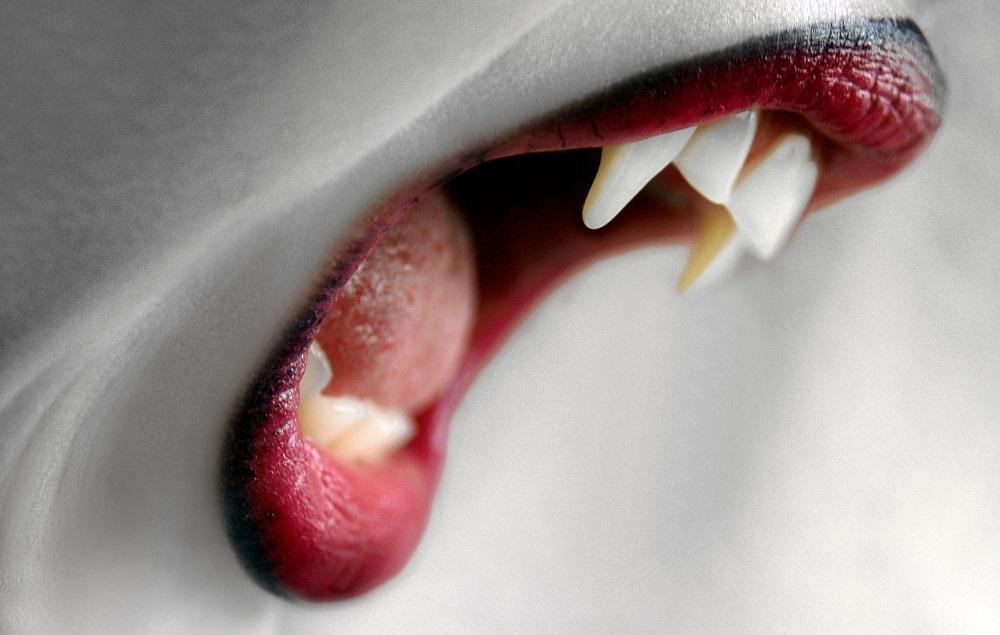 wampir-usta