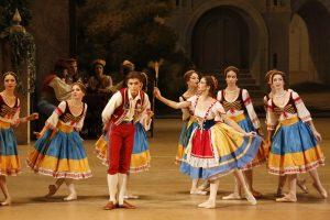 8.BOL-COPPELIAAnna Tikhomirova as Swanilda Artem Ovcharenko as Frantz 2 by Damir Yusupov.JPG