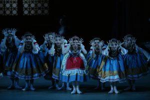 8.BOL-COPPELIA_Nina Kaptsova as Swanilda 1 by Damir Yusupov